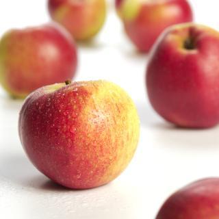 Äpfel Topaz aus Sommerland